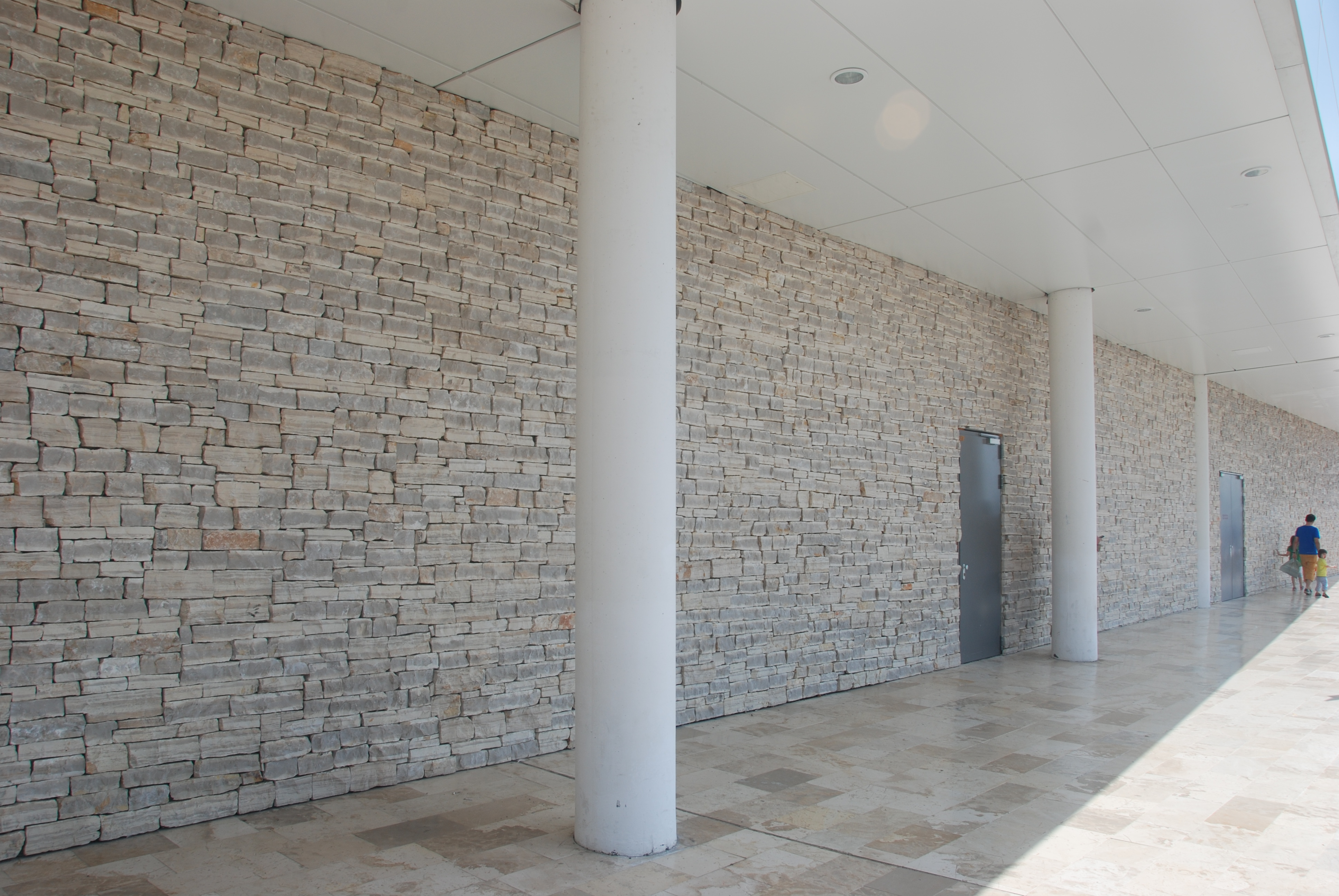 Stone Cladding Beauty In Your Home